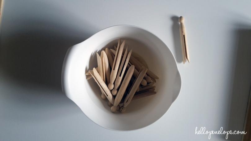 pinces-linge-bois-montessori-motricité-2